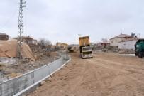 ÜÇKUYU - İncesu Belediyesi Tahirinli Mahallesinde Yeni Yollar Açıyor