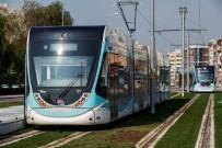 KARŞIYAKA - Karşıyaka Tramvayının 17 Aracı Da Geldi
