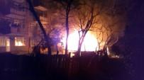 Yangını Söndürmek İçin Su Bidonu Fırlattı