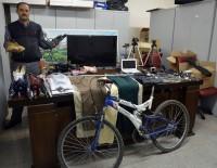 OKUL ÇANTASI - Toplu Taşımada Unutulan Eşyalar Şaşırttı