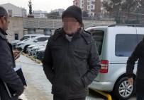 Yolcu Otobüsünde Kaçak Bal Ve İçki İle Yakalandı