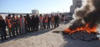 İŞ BIRAKMA EYLEMİ - Adana Adliye Sarayı İnşaatında Çalışan İşçiler Eylemde