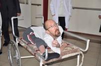 Bedensel Engelli Vatandaşa Akülü Arabası Teslim Edildi