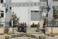Cumhurbaşkanı'na Hakaret Suçundan Tutuklandılar