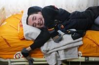 SABRİ SARIOĞLU - Engelli Yiğit'in 'Cimbom' Hayali Gerçek Oldu