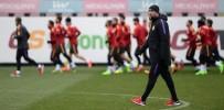 SABRİ SARIOĞLU - Galatasaray'da Rizespor Maçı Öncesi 5 Önemli Eksik