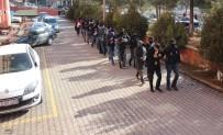 UYUŞTURUCUYLA MÜCADELE - Karabük'te Uyuşturucu Operasyonunda 11 Kişi Adliyeye Sevk Edildi