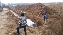 YAĞMUR SUYU - Karaman'da Yağmur Suyu Kollektör Hattı Yapımı Başladı