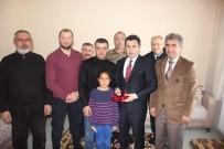 İŞİTME ENGELLİLER - Kaymakam Duruk, Engelli Güreşçileri Ödüllendirdi