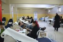 OKUL MÜDÜRÜ - Kızılay'a Kan Bağışı