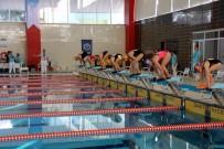 'Paletli Yüzme Gençler Türkiye Şampiyonası' Samsun'da Başladı