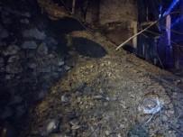 İSTİNAT DUVARI - Şişli'de İstinat Duvarı Çöktü