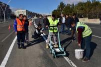 TRAFİK GÜVENLİĞİ - Uşak'ta Yollar Profil Atlama İle Ayrılacak
