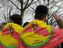 Almanya'da referandum karşıtlarından 'hayır' eylemi