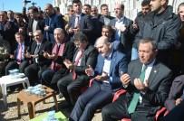 ADALET BAKANI - Bakan Soylu Terör Saldırısında Şehit Olan İbrahim Kete'nin Ailesini Ziyaret Etti