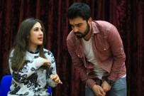 İŞARET DİLİ - İşaret Dili Kursiyerlerinden Tiyatro Gösterisi