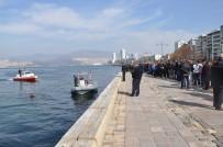 DALGIÇ POLİS - İzmir Körfezi'nden ceset çıktı!