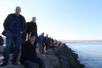 POLİS MEMURU - Kayıp Kadın Denizden, Karadan Ve Havadan Arandı