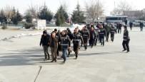 Konya'da Aranan 104 Kişi Yakalandı
