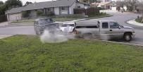 Park halindeki araçlara çarptı!