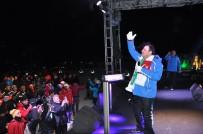 KARS VALİLİĞİ - Sarıkamış Soğuğunda Mahmut Tuncer'den Sıcak Konser
