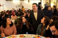 CUMHURİYET HALK PARTİSİ - Başkan Ataç 600 Gençle Bir Araya Geldi