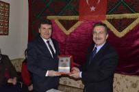 FEDERASYON BAŞKANI - Başkan Ataç Yörüklerle Bir Araya Geldi