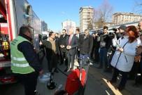 İŞ MAKİNASI - Başkan Kamil Saraçoğlu Açıklaması Halkımıza Daha İyi Hizmet Sunabilmek İçin Araç Filomuzu Genişlettik