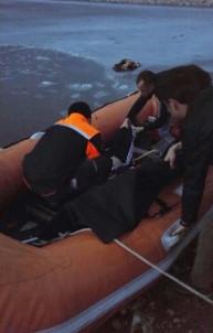 Buz Tutan Gölete Düşen Çocuğun Cenazesi Çıkarıldı