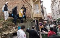 ADLI TıP - Evsiz Şahıs Sokakta Ölü Bulundu