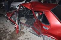 Milas'ta Spin Atan Bir Araç Kaza Yaptı; 1'İ Ağır 4 Yaralı