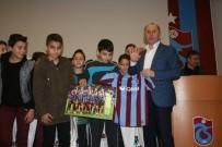 HATIRA FOTOĞRAFI - Muharerm Usta Açıklaması 'Trabzon'u Futbolcu Havzası Yapmak İstiyoruz'