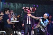 SERDAR ORTAÇ - Serdar Ortaç Doğum Gününü Sahnede Kutladı