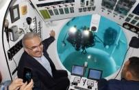 KIZ ÇOCUĞU - Türkiye'nin İlk Turistik Denizaltısı Deneme Dalışını Yaptı