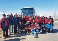 ESKIŞEHIRSPOR - Yolda Kalan Eskişehirspor Taraftarının İmdadına Sportif Direktör Taşçı Yetişti