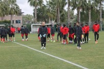 BOLUSPOR - Evkur Yeni Malatyaspor, Boluspor İle Hazırlık Maçı Oynayacak