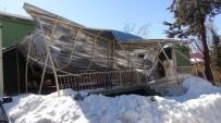 ELEKTRİK DİREĞİ - Kar Yağışı Bitti, Esareti Kaldı