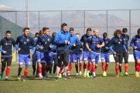 HAZIRLIK MAÇI - Karabükspor 2 Oyuncu Yabancı Kontenjanına Takıldı