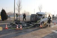 DUMLUPıNAR ÜNIVERSITESI - Kütahya'da Zincirleme Trafik Kazası Açıklaması 1 Ölü, 1 Yaralı