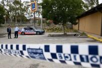 SIDNEY - Lisede 2 Arkadaşını Ve Öğretmenini Bıçakladı