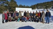 MEHMED ALI SARAOĞLU - Muratdağı Termal Kayak Merkezi'nde Öğrencilere Kayak Eğitimi