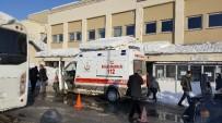 KıRAATHANE - Muş'ta Bıçaklı Ve Silahlı Kavga Açıklaması 7 Yaralı
