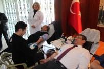 KAN UYUŞMAZLıĞı - Sağlık Çalışanları, Kan Bağışında Bulundu