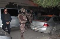 ZIRHLI ARAÇLAR - Sultangazi'de Helikopter Destekli Terör Operasyonu