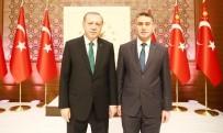 TURGUT ÖZAL - TÖTM Başhekimi Parlakpınar, Külliyedeki Ödül Törenine Katıldı