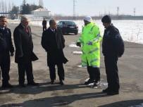 Vali Tapsız, Polis Uygulama Noktasını Denetledi