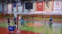 Voleybol Kış Spor Okulları 150 Öğrenci Katılımıyla Devam Ediyor