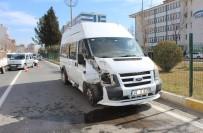 YAŞAR ÇELİK - Adıyaman'da Zincirleme Trafik Kazası Açıklaması 1 Yaralı