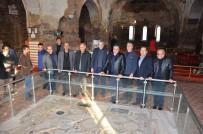 İBRAHIM USLU - Ala İznik'e Hayran Kaldı