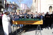 Artvin Cumhuriyet Ninesini Kaybetti